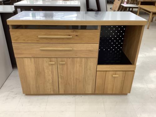 中古家具のキッチンカウンター