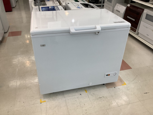 冷凍庫の上開き式冷凍庫