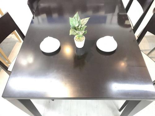 ダイニングテーブルのarflex
