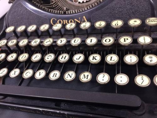インテリアのタイプライター