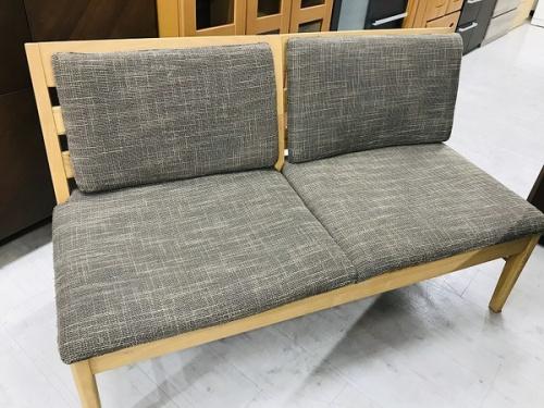 中古テーブル 大阪のコスパ◎家具 買取 大阪