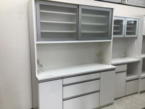 家具の中古食器棚 大阪