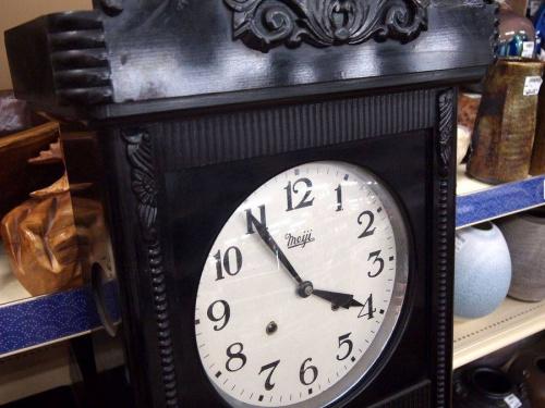 ゼンマイ時計の振り子時計