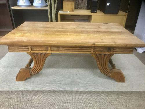 コーヒーテーブルのアジアン家具