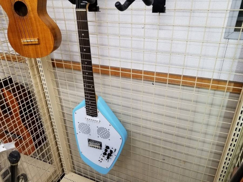 ギターのエレキ