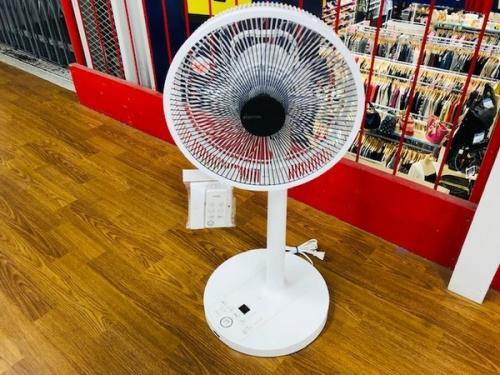 生活家電 扇風機 中古 未使用の扇風機 東芝 TOSHIBA