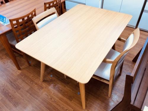 家具 大塚家具のダイニングテーブル ダイニングセット