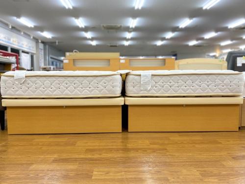 シングルベッドのベッド