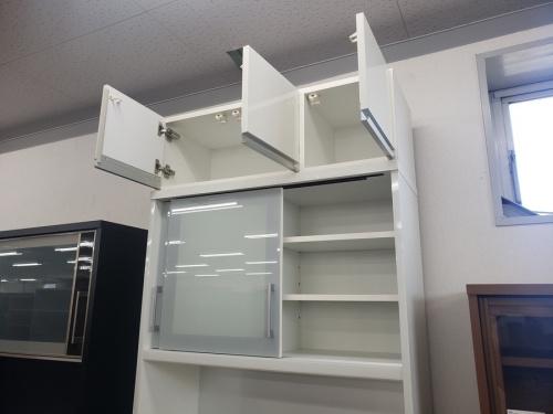 カップボード・食器棚のハイタイプ