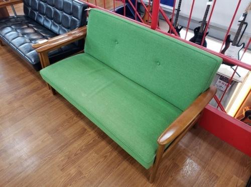 家具のカリモク60+