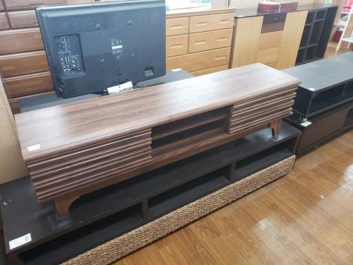 収納家具のローボード・テレビ台