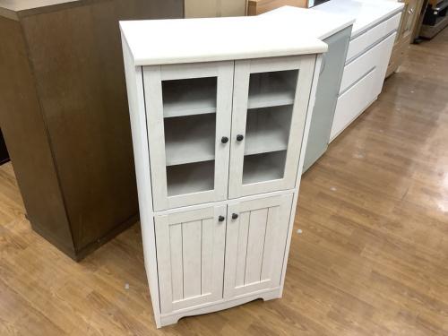 家具の食器棚 ニトリ