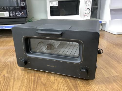 キッチン家電のトースター