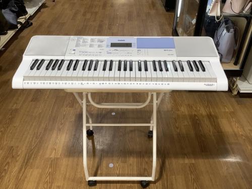 鍵盤楽器のキーボード