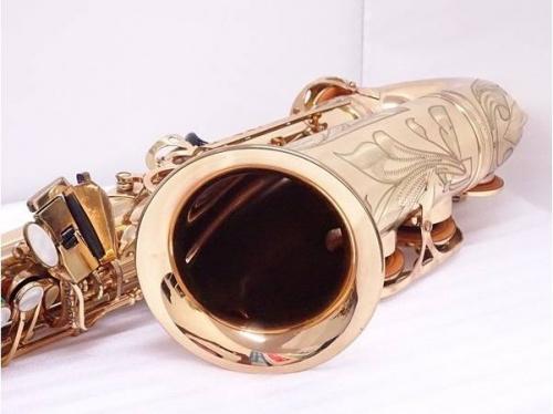 SELMERの楽器