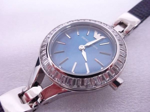 レディースファッションの東大阪腕時計