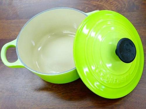 洋食器のお鍋