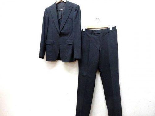 スーツのセレクト