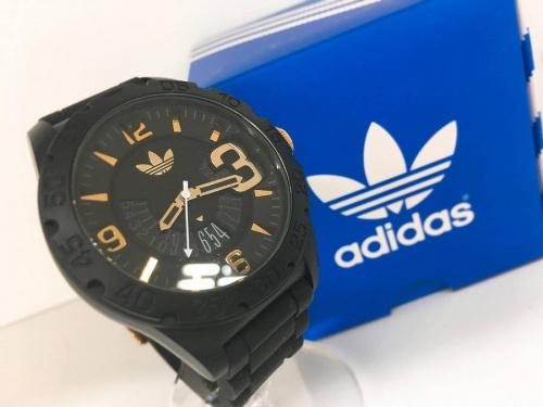 アディダス(adidas)の関西