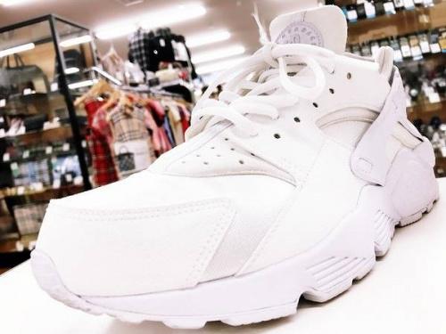 東大阪 スニーカーの東大阪 靴