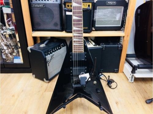 ギターのエレキギター アコースティックギター