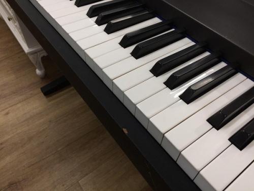 電子ピアノの中古楽器 大阪