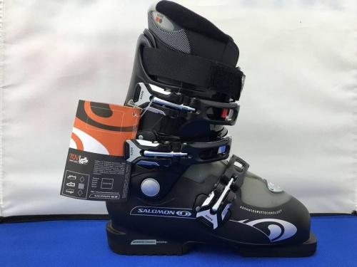 スキーのブーツ