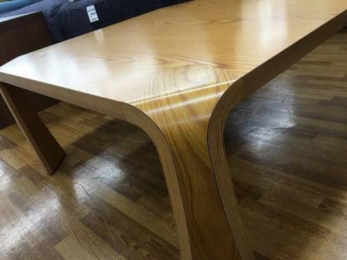 天童木工のテーブル