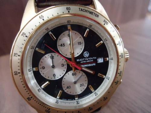 腕時計のレザー