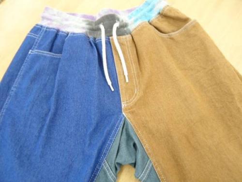 メンズファッションのアスレチックパンツ