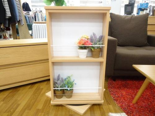 家具・インテリアの回転式本棚