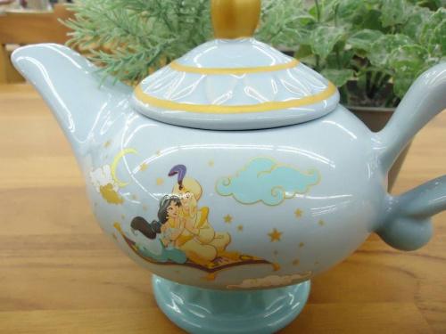 ディズニーの陶器オブジェ