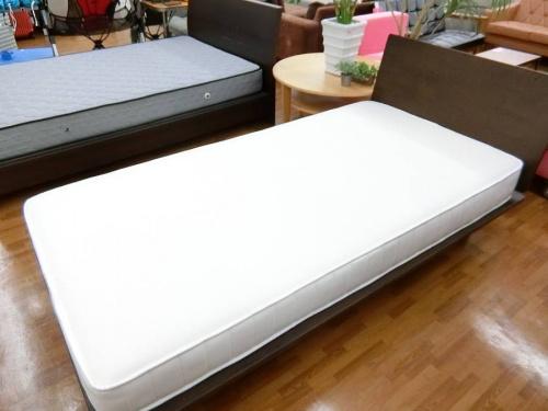 シングルベッドの無印良品