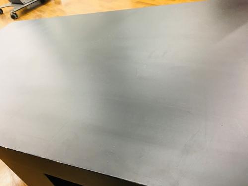 カッシーナのテーブル