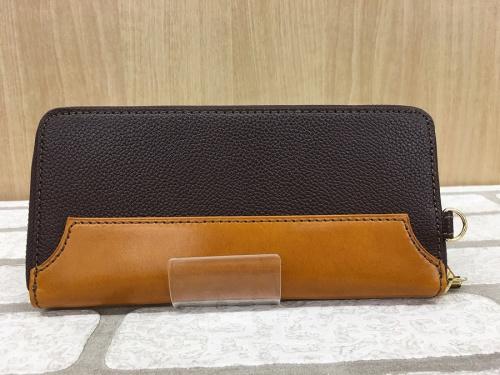 財布のオロビアンコ