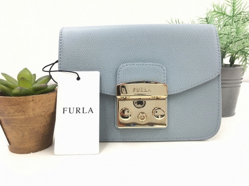 FURLAのショルダーバッグ