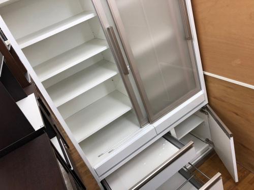 カップボード・食器棚の食器棚