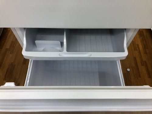 ガラストップの大型冷蔵庫
