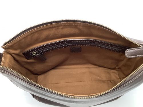バッグ、財布の土屋鞄 つちやかばん