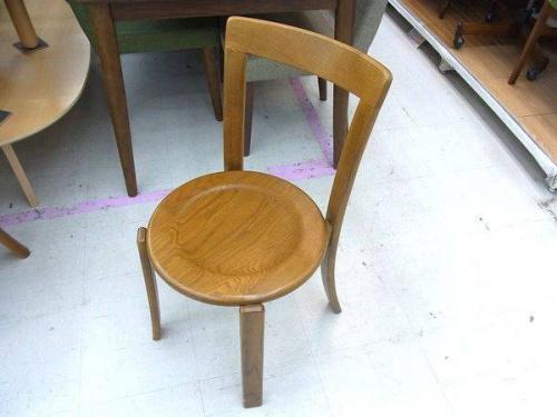 ラウンドテーブルの浜本工芸