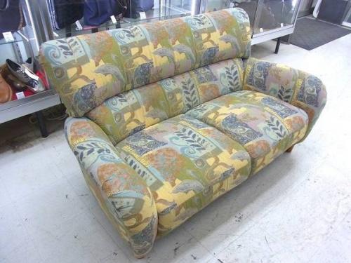 2人掛けソファーのマルニ木工
