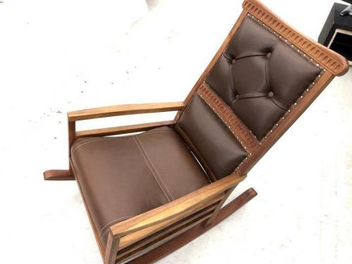 家具のロッキングチェア