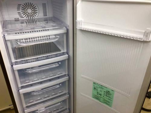 冷凍庫の1ドア冷凍庫