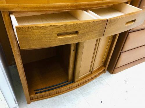 キッチン収納のカップボード