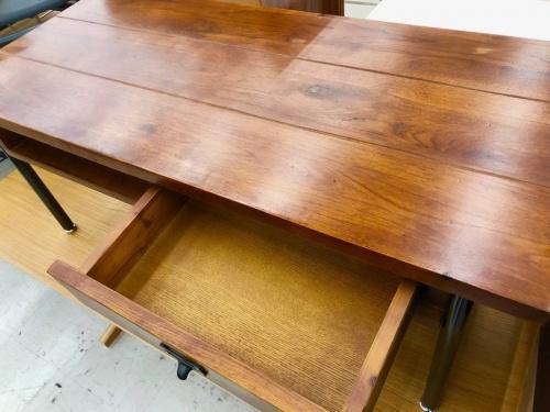 カフェテーブルの横浜川崎中古家具情報