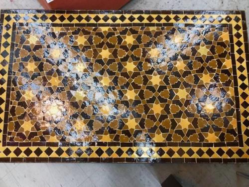 テーブルのアイアンローテーブル