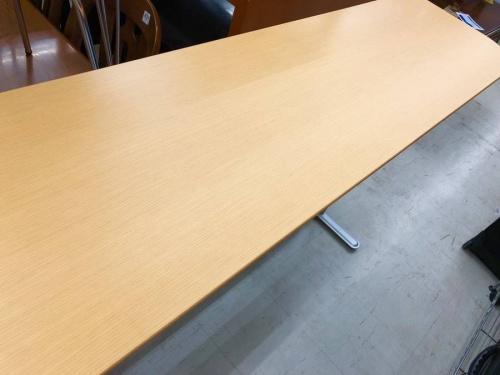 生活家具のハイテーブル