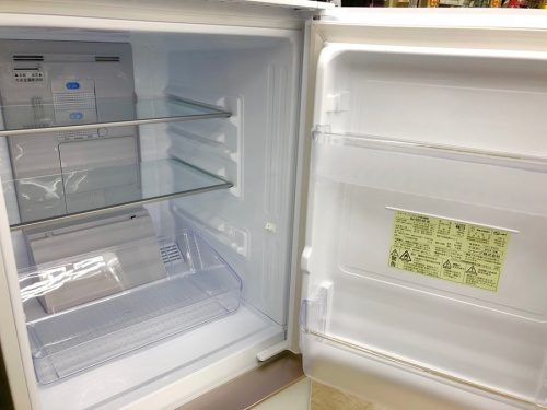 キッチン家電の2ドア冷蔵庫