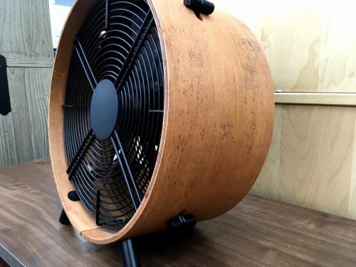 サーキュレーターの扇風機