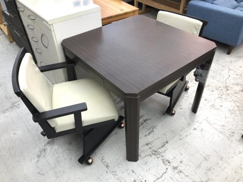 生活家具のコタツ